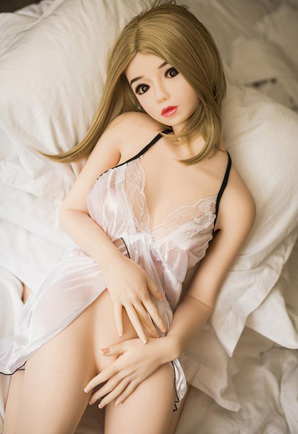 selah 140cm b cup small boobs blonde sex dolls