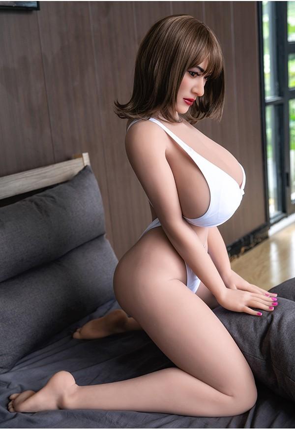caroline 158cm p cup huge boobs curvy milf sex doll